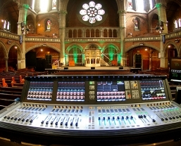 Historic Union Chapel Installs Soundcraft Vi3000