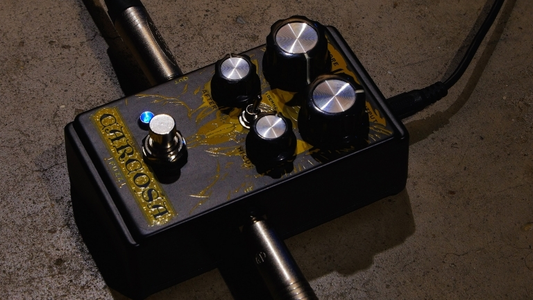 To fuzz and beyond ... exploring the DOD Carcosa Fuzz pedal