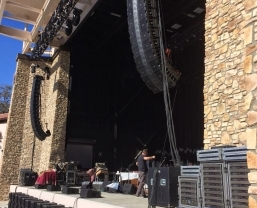 Crosby, Stills and Nash Hit the Road with HARMAN's JBL VTX Line Arrays and Crown I-Tech HD Amplifiers