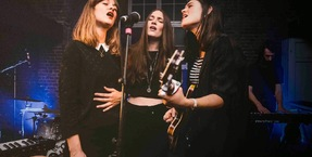 The Staves find perfect harmony with HARMAN Soundcraft Si Performer 2 digital console and AKG microphones