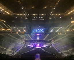 Huge 14-Cluster JBL by HARMAN VTX Line Array System Deployed In-the-Round…