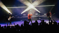 Martin MAC Encores and VDO Sceptron on tour with Hoodie Allen